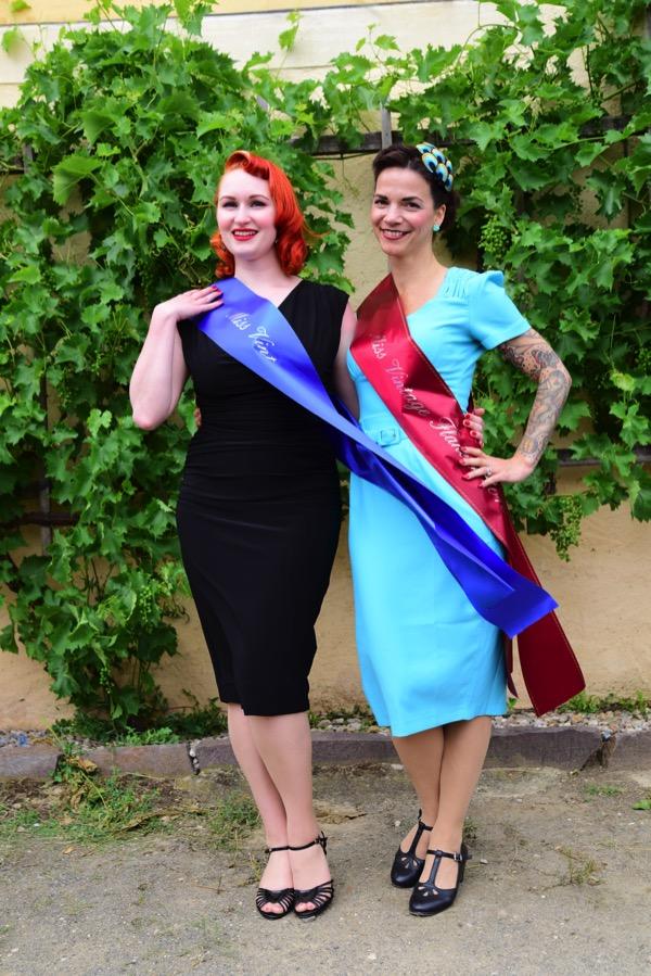 Unsere 2 Missen: Miss Vintage Flaneur 2017, Little Miss Richard, und Miss Vintage Flaneur 2016, Rose Delicate
