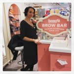 Die Benefit Brow Bar