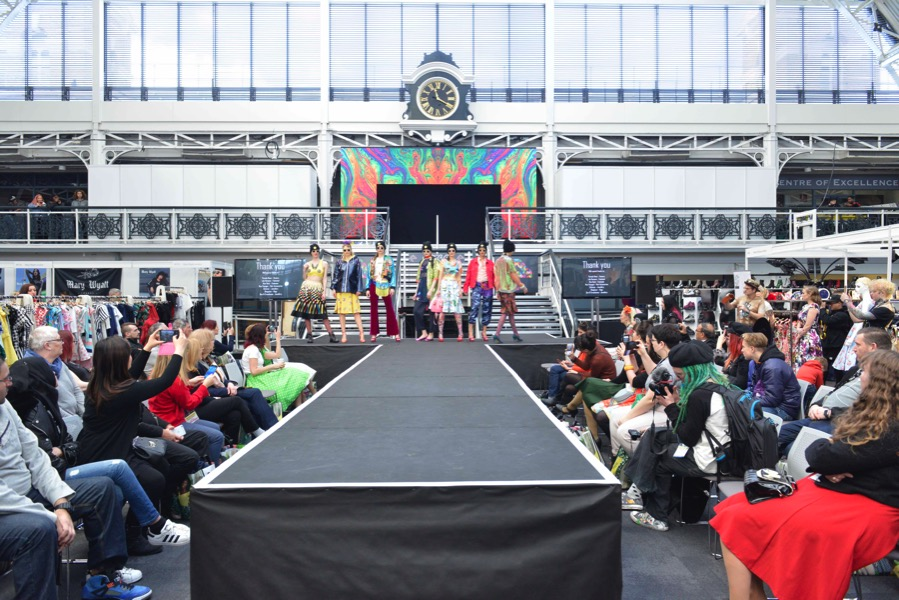 Der Laufsteg der Modemesse London Edge